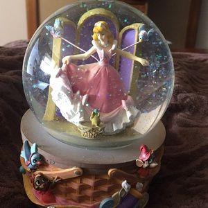 Cinderella snow globe